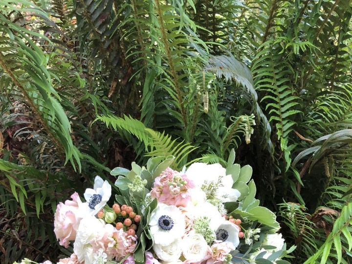 Tmx Thumb Img 0071 1024 51 1982697 159849725621237 Trinidad, CA wedding florist