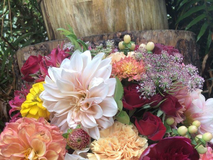 Tmx Thumb Img 2435 1024 51 1982697 159849760986654 Trinidad, CA wedding florist