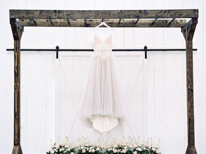 Tmx Whiterosebarnweddingphotography44 51 1083697 157949101917529 North Lawrence, OH wedding venue
