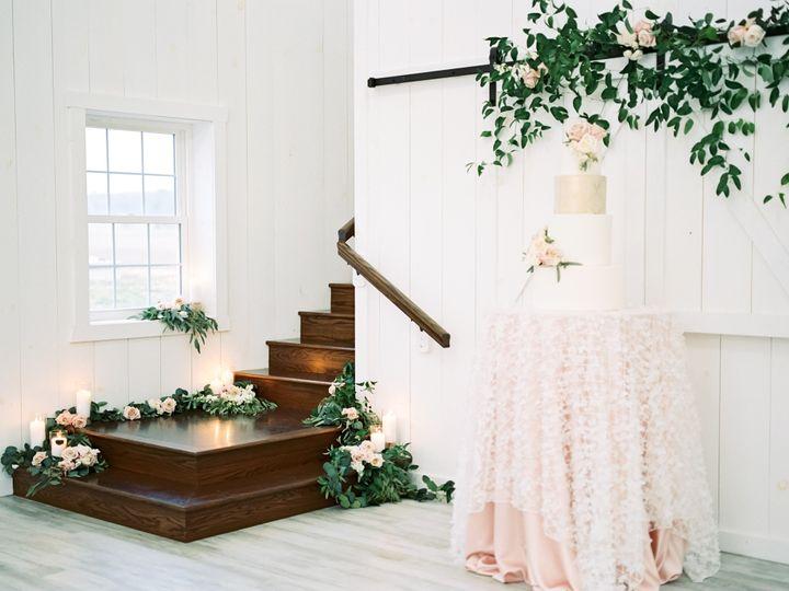 Tmx Whiterosebarnweddingphotography84 51 1083697 157949101973741 North Lawrence, OH wedding venue