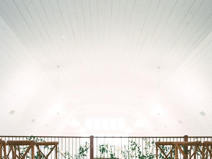 Tmx Whiterosebarnweddingphotography99 51 1083697 157949102282168 North Lawrence, OH wedding venue