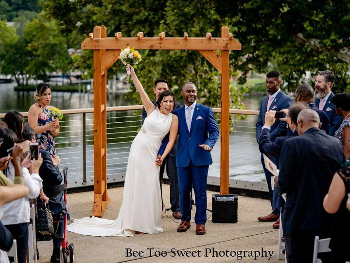 Tmx Bee Two Sweet Photography Gabyrolandtheriverviewatoccoquanweddinglortonvavietnamesewedding 52 51 993697 1560031515 Lorton, VA wedding venue