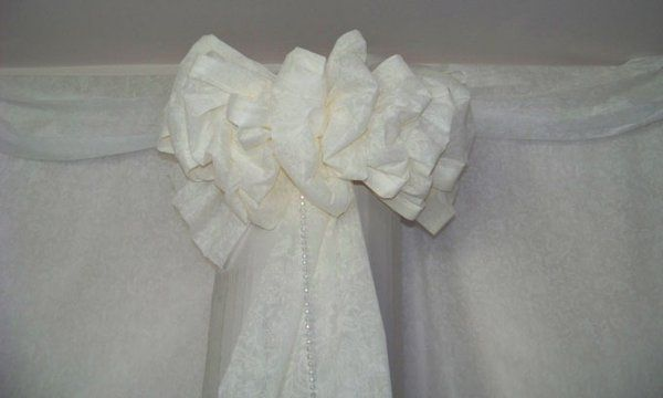 Cloud bows for higher areas at the ceremony or reception.  Use at garden weddings, or dance area...