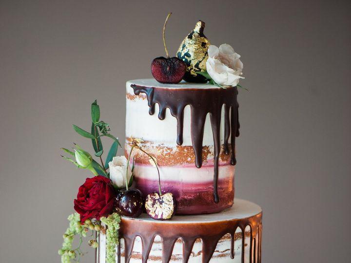 Tmx 1538710130 32a87141b8389913 Styled Shoot Fall Christa Taylor 56 Portland wedding cake