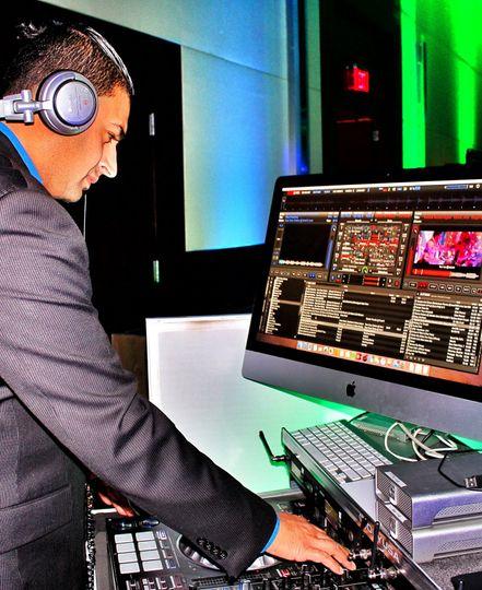 DJ Hirsh aka DJ Mike