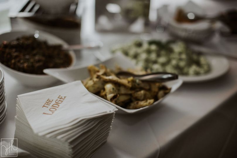Buffet table | YTK Photography