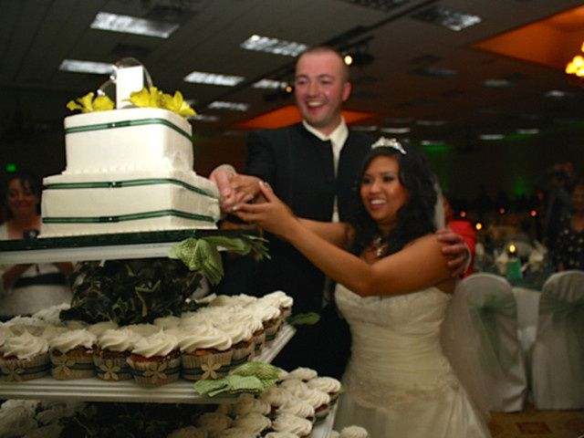 Tmx 1432684965676 Chearie And Jeff At Cake Bellevue wedding dj