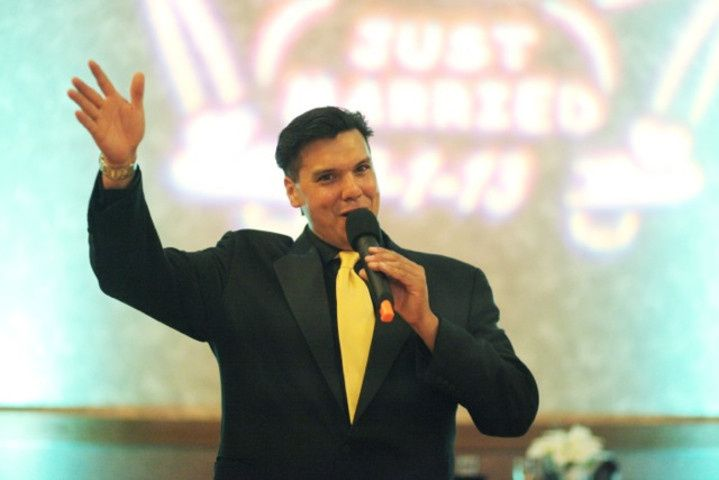 Tmx 1432685056970 Me On Microphone Bellevue wedding dj