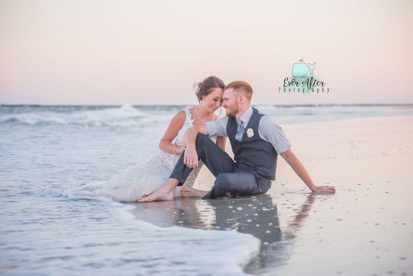 c2c87d3e1b94b6c8 Ever After Photography wedding image 27