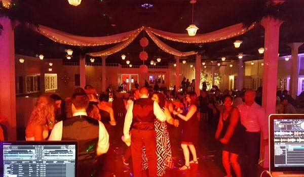Tmx Wedding Pic3 51 1893797 158240198947137 Stuarts Draft, VA wedding dj