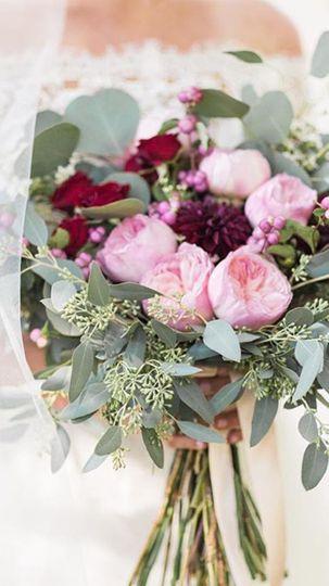 bokay florist flowers indianapolis in weddingwire. Black Bedroom Furniture Sets. Home Design Ideas