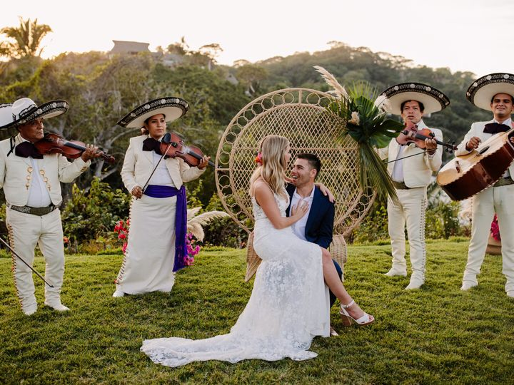 Tmx Taryn Baxter Photographer Racheljosh Wedding 0619 51 728797 159985912558424 Puerto Vallarta, MX wedding florist