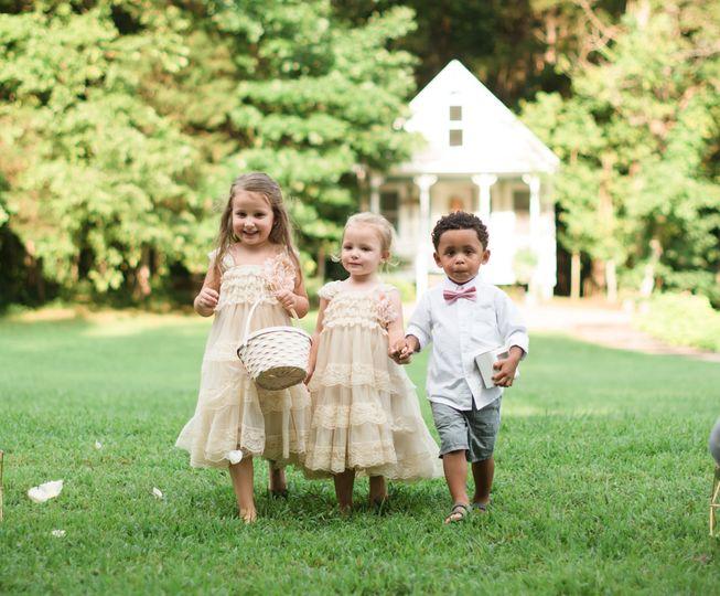 Wedding kids | bride's cottage