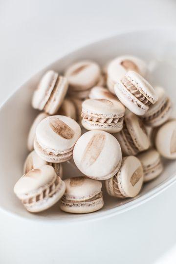 A bowl of macarons