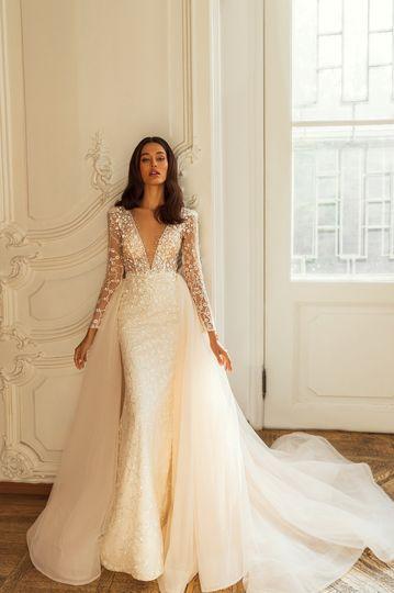 Opulent elegance