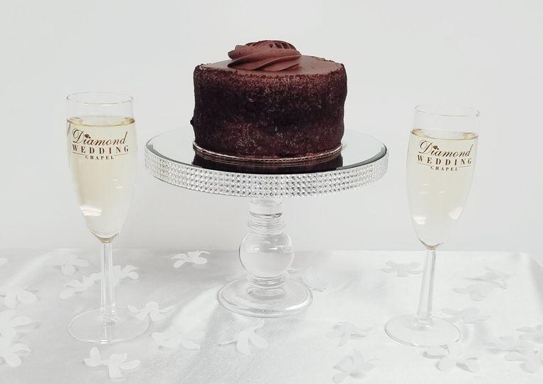 Couple's toast and mini cake