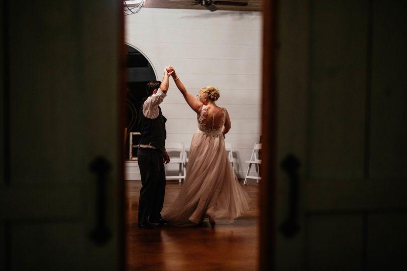 0d23aaaef67ce880 1534222980 df771b72418e2597 1534222959656 15 Bolles Wedding 97