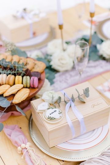 Sugar & Brew Bridal Cookies