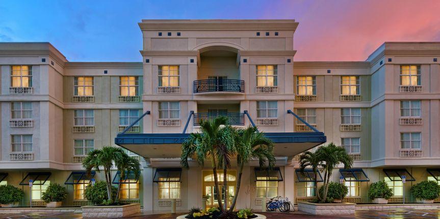 cb41efa9455dfe7c hotel indigo sarasota 3265960095 2x1