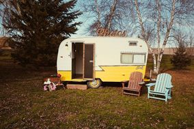 Lemon Drop Photo Booth Camper
