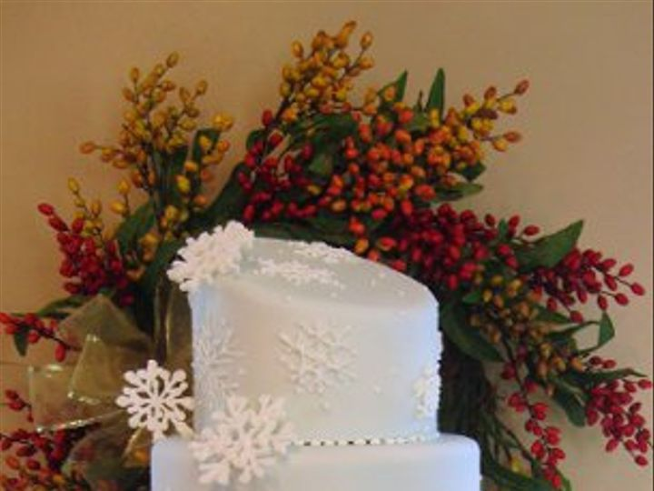 Tmx 1261672632238 Snowflakewinterweddingcakemed Boston wedding cake