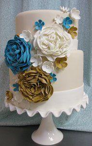 Tmx 1313082441473 Eleganttwotierflowercascadeweddingcake Boston wedding cake