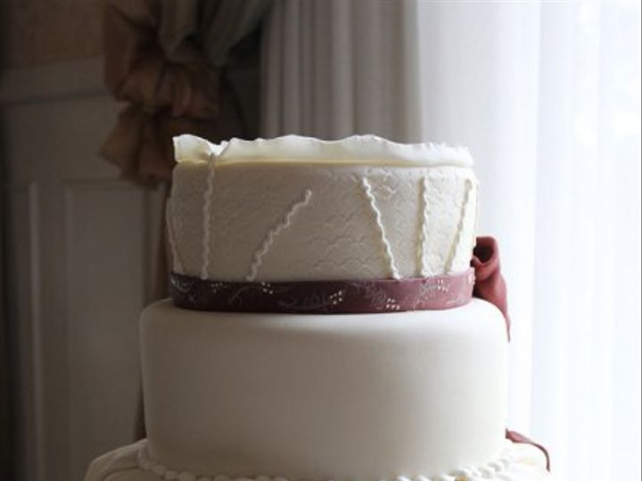 Tmx 1329345666351 FabricWeddingCakemed Boston wedding cake
