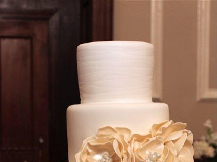 Tmx 1329345675438 FlowerBowWeddingCakeLocationmed Boston wedding cake