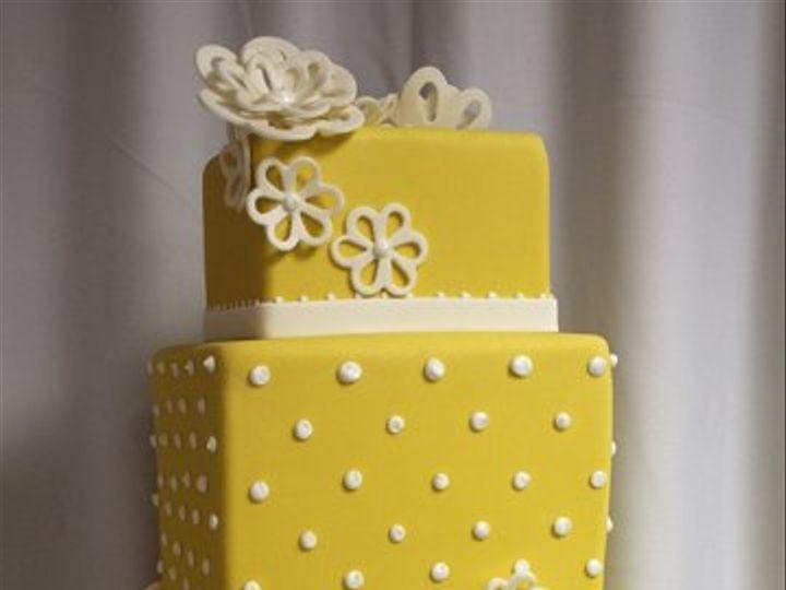 Tmx 1329345795218 Yellowdotweddingcakemed Boston wedding cake