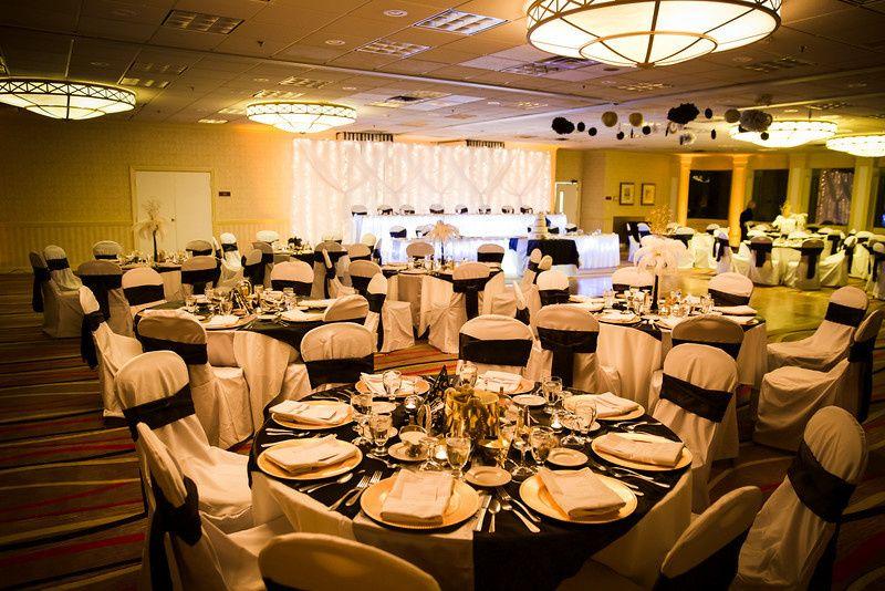 Indoor wedding table setting