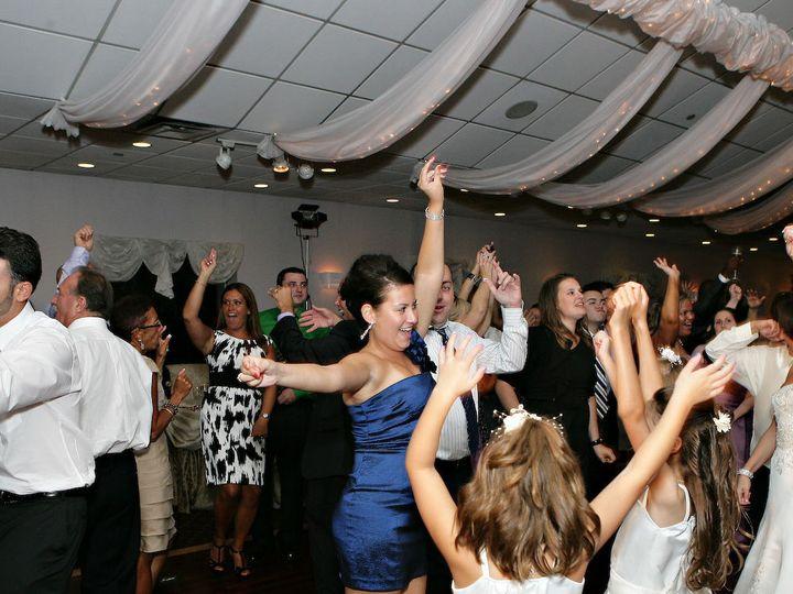 Tmx 1528044506 8b40c378a0fd4e8b 1528044504 De65f0caca5ac436 1528044474171 47 Our Wedding 566 Bellmore, NY wedding band