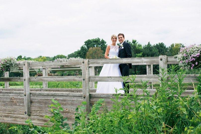 bride groom wooden bridge 2