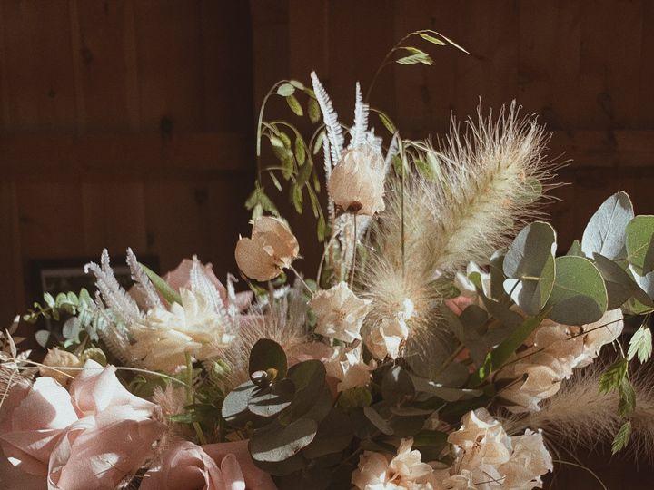 Tmx Ffdf2567 16c9 4b6c A8f7 818492c92522 0f434e32 2c0d 458c A223 A863e9f8622f 51 1958997 161042623520638 Spencer, MA wedding florist