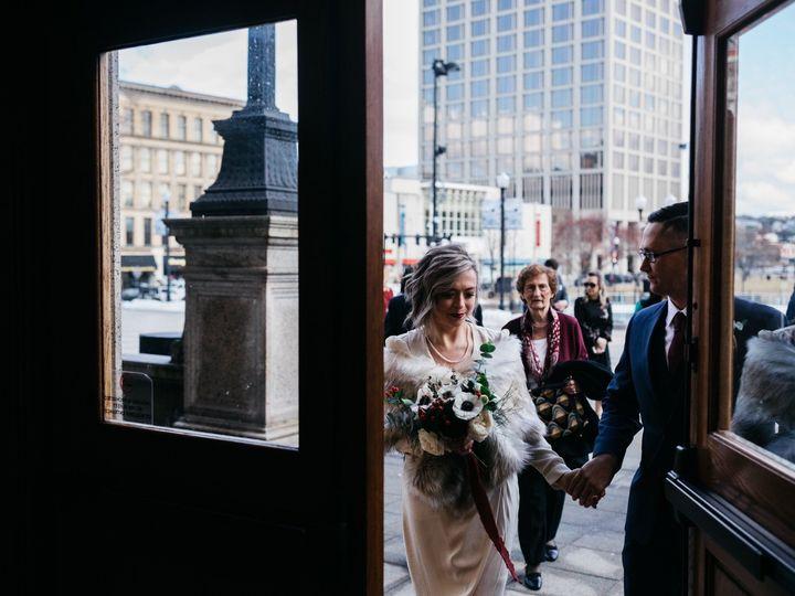 Tmx Img 2464 51 1958997 158718383130144 Spencer, MA wedding florist