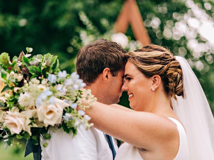Tmx Img 2887 51 1958997 161042652023775 Spencer, MA wedding florist