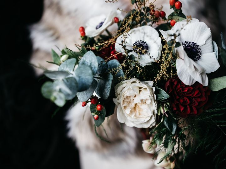Tmx Img 3099 51 1958997 158718385124670 Spencer, MA wedding florist