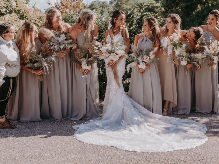 Tmx Img 3953 51 1958997 161042623920095 Spencer, MA wedding florist