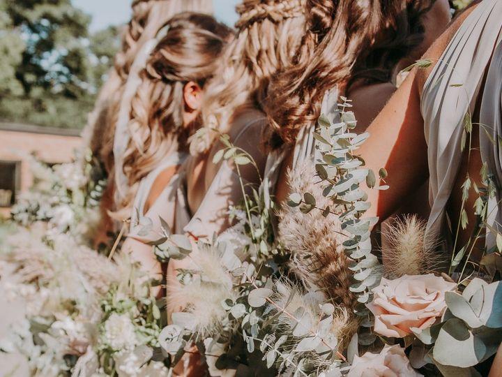 Tmx Img 3963 51 1958997 161042624581780 Spencer, MA wedding florist