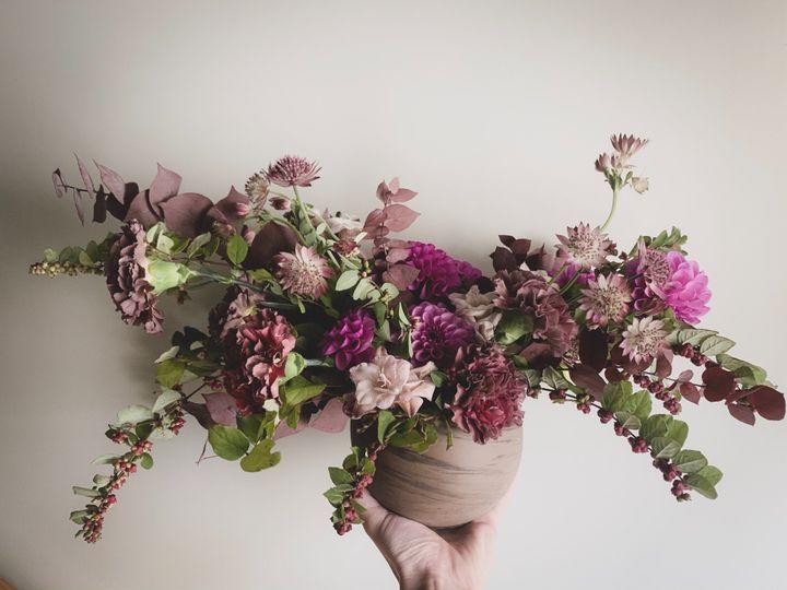 Tmx Img 6566 51 1958997 158718385098981 Spencer, MA wedding florist