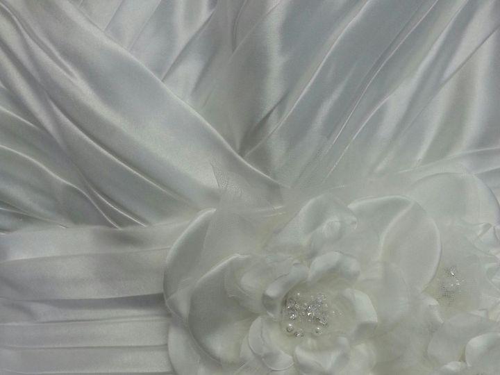 Tmx 1394162260018 20130630160745resize Holliston wedding dress