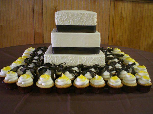 Tmx 1259287083079 Weddingangela021 Stanhope wedding cake