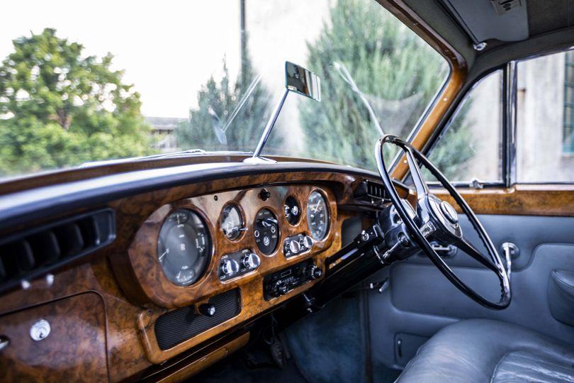 Elizabeth 1963 Rolls Royce interiour