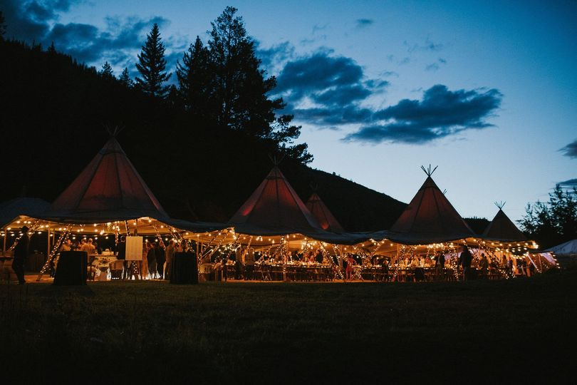A weddings under tents