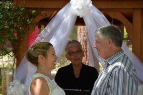 Cheryl Bariel Officiant, Bella Wedding Day