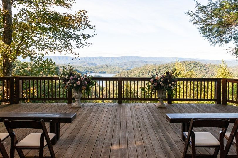 Overlook deck (mandy rhoden)