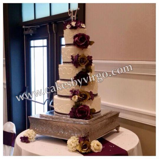 holt wedding cake