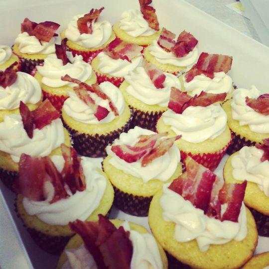 Cakes & Co - Wedding Cake - Whitesboro, NY - WeddingWire
