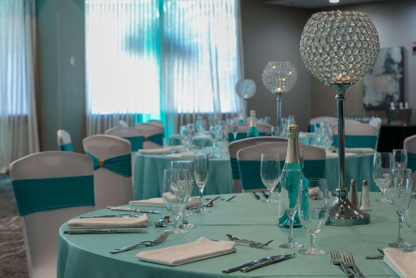 Crystal Globe Table Center