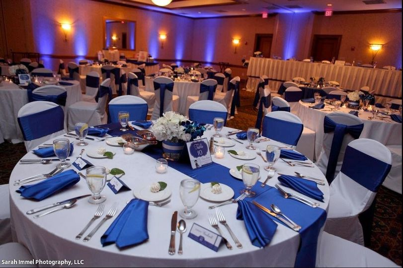Hilton Garden Inn Milwaukee Park Place Venue Milwaukee Wi Weddingwire