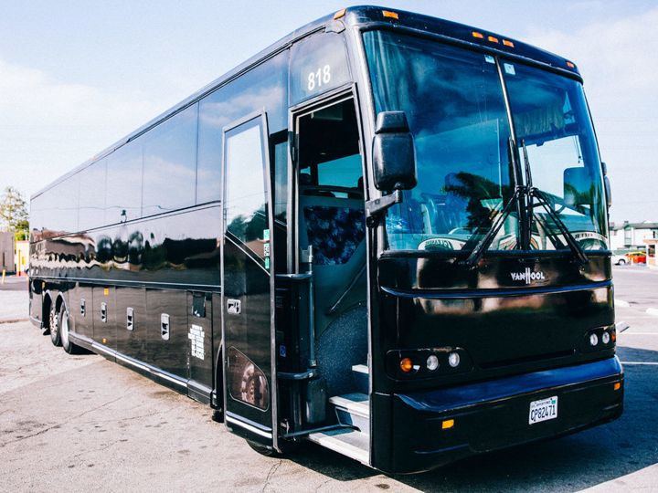 Tmx 1524018620 Fc751e482bf32c57 1524018619 81bb847b95d26aa5 1524018614466 2 Swoop Black Charte Los Angeles, CA wedding transportation